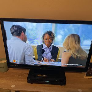 Emerson Led 32 Inch Tv With Remote for Sale in Tampa, FL