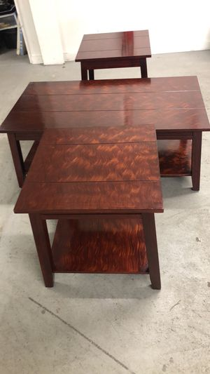 2 end tables with coffee table very good condition for Sale in Bethlehem, PA