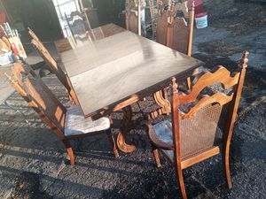 Vintage table n chairs for Sale in Nashville, TN