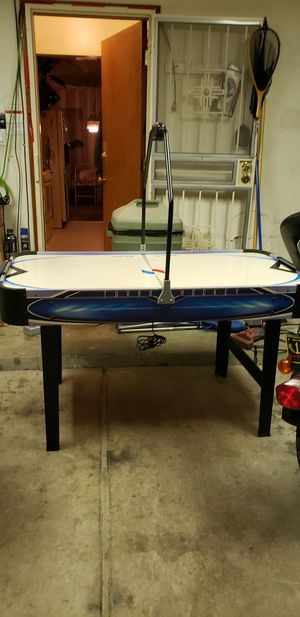 Air Hockey Table [needs pucks] for Sale in Albuquerque, NM