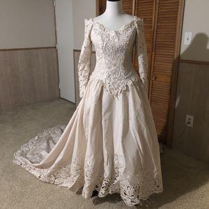 Vintage Bonny Wedding Dress for Sale in Elkridge, MD