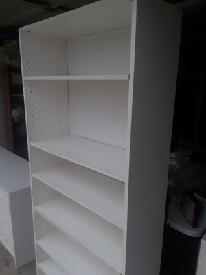 White laminate bookcase for Sale in Oceanside, CA