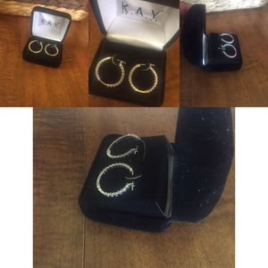 Diamond earrings . for Sale in Cleveland, OH