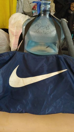 Nike duffle bag for Sale in Santa Fe Springs, CA