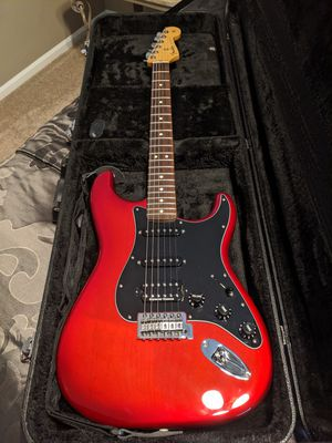 Special Edition Strat SSH Candy Red w/Seymour Duncan Hum Upgrade for Sale in Toms River, NJ