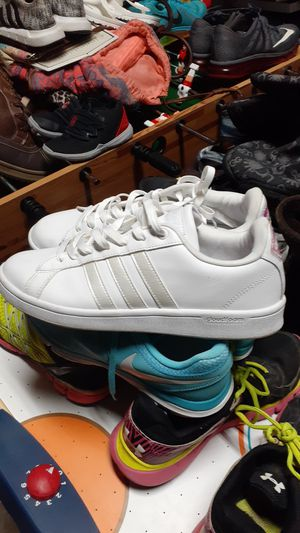 ADIDAS NWOT SIZE 9.5 for Sale in Ringgold, GA