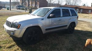 Jeep Grand cherokee 2005 for Sale in Morristown, TN