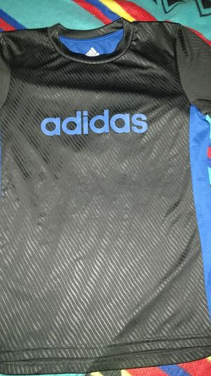 Adidas shirt kids 10/12 medium blue and black breathable for Sale in Everett, WA
