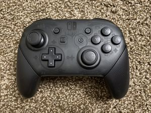 Nintendo Switch Pro Controller Like New for Sale in Bremerton, WA