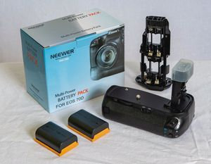 2 Neewer Battery Grip Holder (Replacement for BG-E14) w 4 batteries For LP-E6. for Sale in Virginia Beach, VA