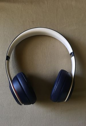 Beats solo 3 navy blue, red, white for Sale in Norfolk, VA
