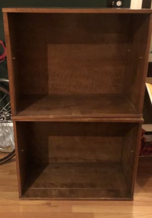 Wood shelves FREE for Sale in Chicago, IL