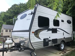 2015 coachmen clipper travel trailer camper 17 feet for Sale in Imperial, MO