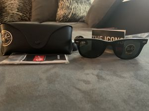 Ray Ban Sunglasses (Never Used) for Sale in College Park, GA