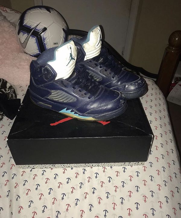 Air Jordan 5 per grapes ( Size 8 in men )