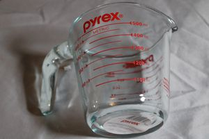 Measuring cup pyrex for Sale in Raleigh, NC