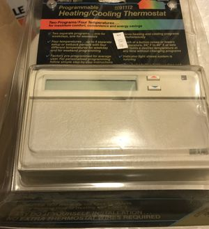programmable heating/cooling thermostat for Sale in Lanham, MD