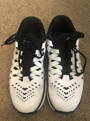 Nike sport shoes (size US 8.5) for Sale in Columbus, OH
