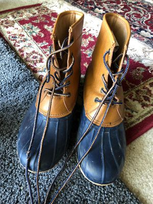 MEN BOOTS SIZE 8 for Sale in Falls Church, VA