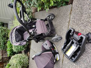 Graco Snugride click connect stroller ,carseat and adapter for Sale in Bothell, WA