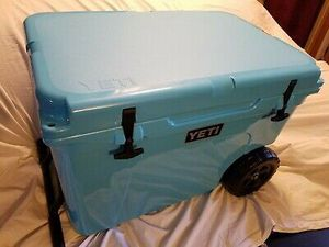 Brand new yeti haul cooler has wheels for Sale in Clewiston, FL