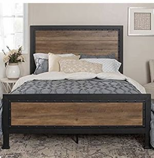 Queen Bed frame and 2 matching bedside tables for Sale in Portland, OR