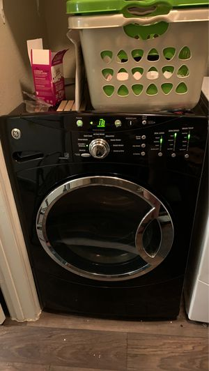 GE brand washer and dryer for Sale in Dallas, TX