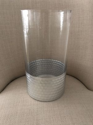 Beautiful glass: and silver vase. Beautiful for your Christmas and Holiday decor. Use as table center piece. Add pine cones or a LED candle for a gor for Sale in Pembroke Pines, FL