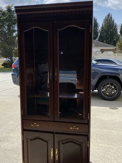 Free China Cabinet for Sale in Washington Township,  NJ