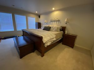 King Bedroom Set for Sale in Camas, WA