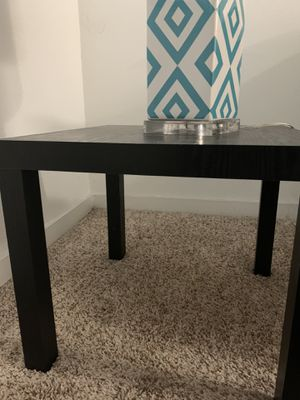 Black/brown end table! for Sale in Houston, TX