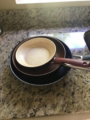 Free Used Cooking Pans Large, Medium and Small size for Sale in Kirkland, WA