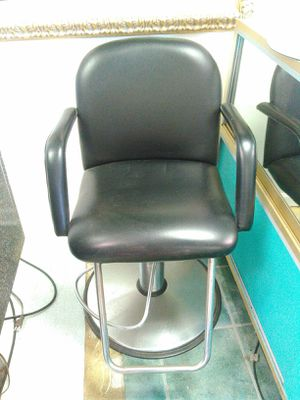 Salon styling make up chair. for Sale in Destin, FL