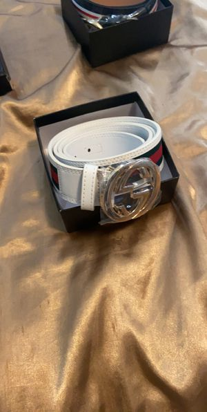 Gucci belt for Sale in Lodi, CA