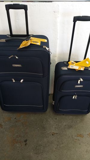 ACTIVE TRAVELER LUGGAGE 2 PIECE SET $75. BRAND NEW 4 WHEEL SPINNERS LIGHT WEIGHT EXPANDER SYSTEM. for Sale in HALNDLE BCH, FL