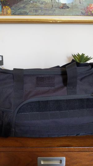 NWT Tactical Style Duffle Bag for Sale in Vernon Hills, IL
