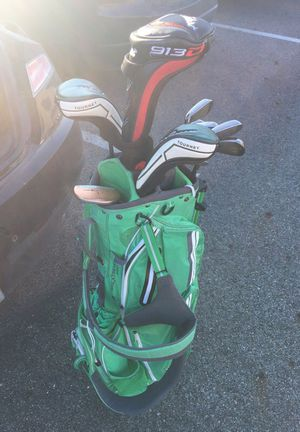 MacGregor hybrids (4 & 5), irons (6-P), green Nike golf bag and Nickent 3 wood ($200 new) golf clubs for Sale in Columbus, OH