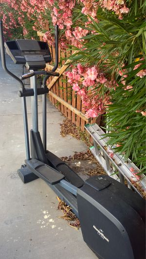 NordicTrack Elliptical for Sale in Apple Valley, CA