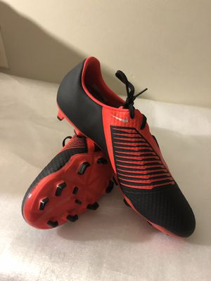 NEW WITHOUT BOX NIKE PHANTOM VENOM ACADEMY FG Size/12 MENS for Sale in Savage, MD