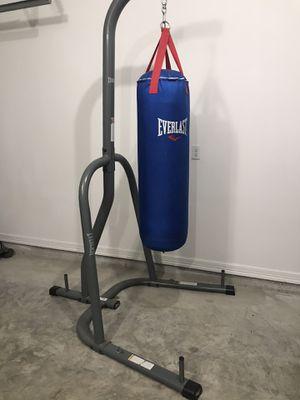 Punching Bag - Everlast for Sale in Corpus Christi, TX