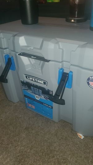Lifetime, 55 quart,high performance cooler for Sale in Dallas, TX