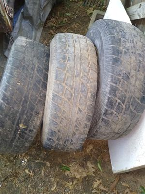 245 75 R 16 tired and rims for Sale in Niles, MI