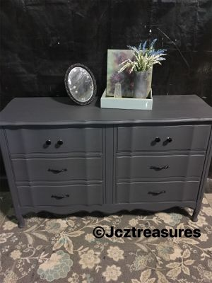 French Provincial Dresser for Sale in Turlock, CA