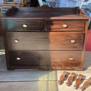 Vintage Dresser for Sale in Fontana, CA