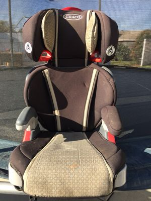 Graco booster seat- Black/tan for Sale in San Diego, CA