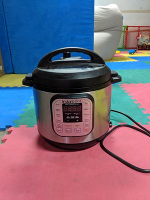 Instant Pot, 6 quart for Sale in Mountain View, CA
