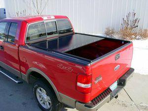 Roll and lock bedcover for Sale in Van Buren, AR