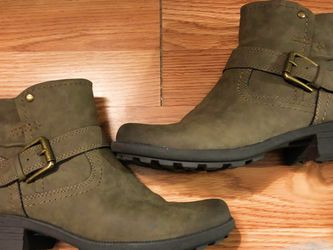 Olive Green Leather Ankle Boots for Sale in Birmingham,  AL