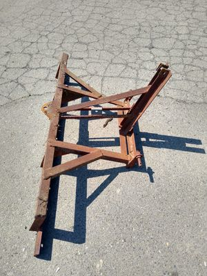 Tractor scraper bar and pull carrier for Sale in North Highlands, CA