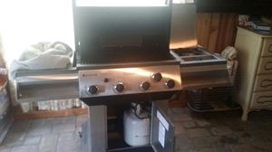 Gas grill for Sale in Wayne, PA